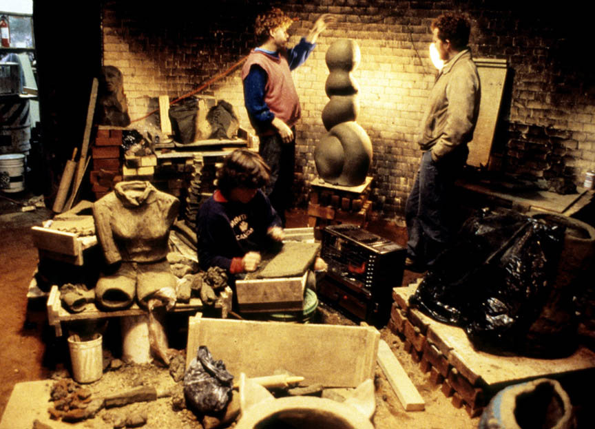 Working in the beehive kiln, 1986