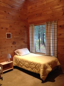 Artists can choose single or double cabin rooms, with either private or shared bathrooms.